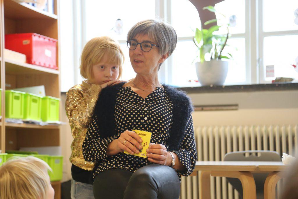 Historielæsning hos de mindste elever i Føniks